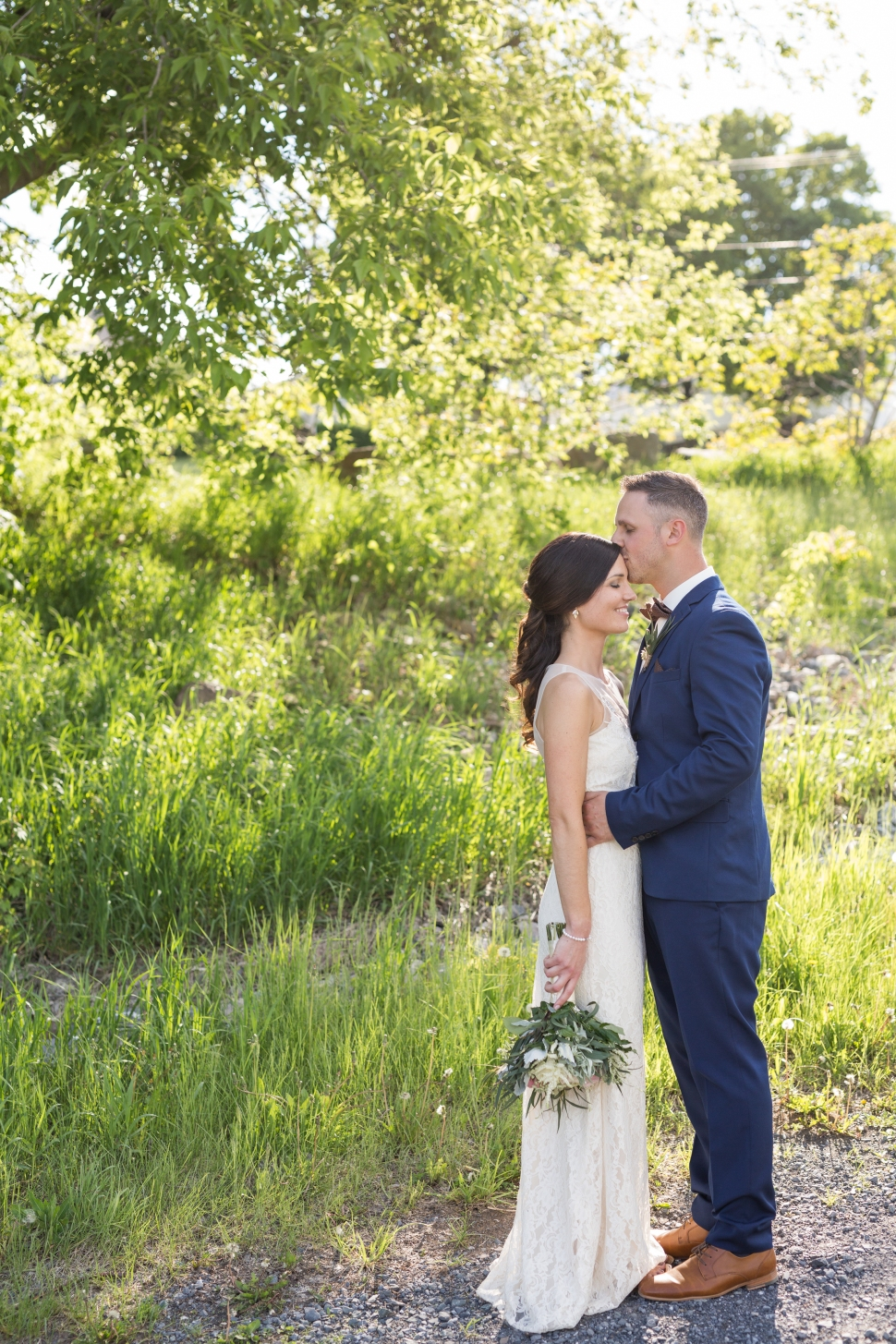 montreal_lifestyle_wedding_photographer_photography_orchard_winery_photographe_mariage_vignoble_rougemont-34