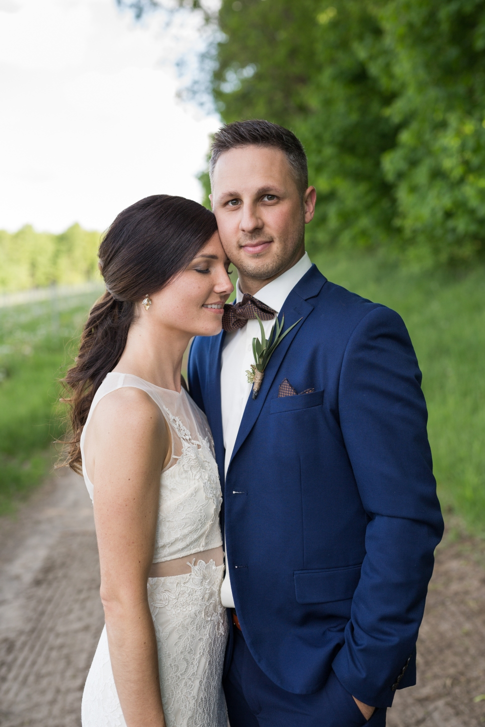 montreal_lifestyle_wedding_photographer_photography_orchard_winery_photographe_mariage_vignoble_rougemont-41